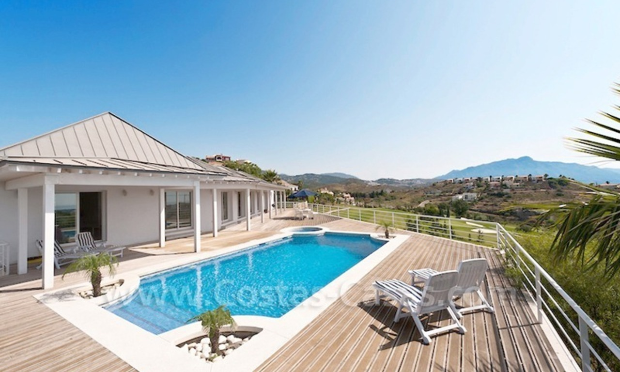 Front line golf villa for sale, Marbella - Benahavis 0