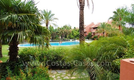 Spacious beachside luxury apartment for sale in Nueva Andalucía very near to Puerto Banús in Marbella 3