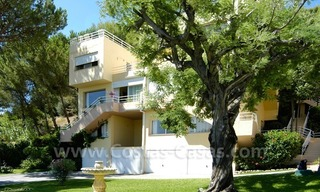 Bargain golf town-house to buy in an up-market area of Nueva Andalucía, Marbella 8