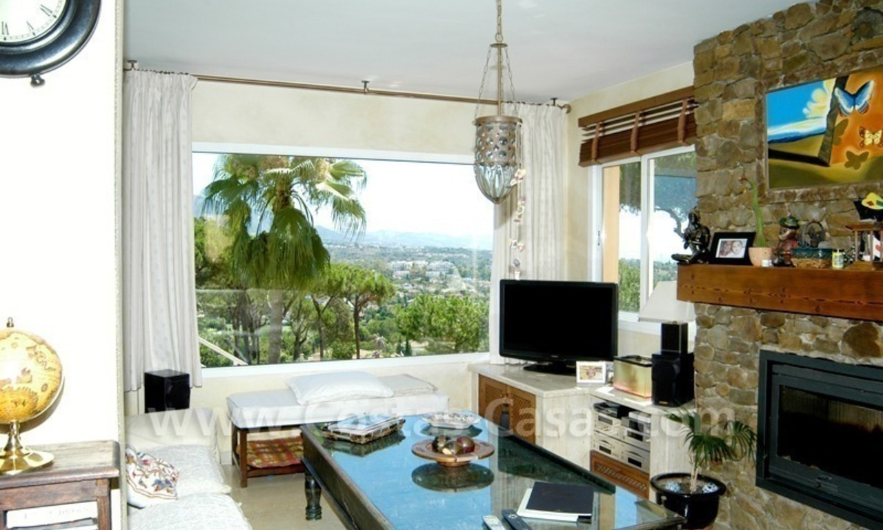 Bargain golf town-house to buy in an up-market area of Nueva Andalucía, Marbella 10