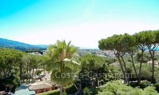 Bargain golf town-house to buy in an up-market area of Nueva Andalucía, Marbella 1