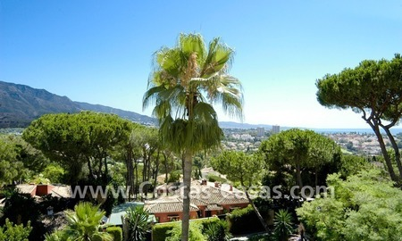 Bargain golf town-house to buy in an up-market area of Nueva Andalucía, Marbella 2