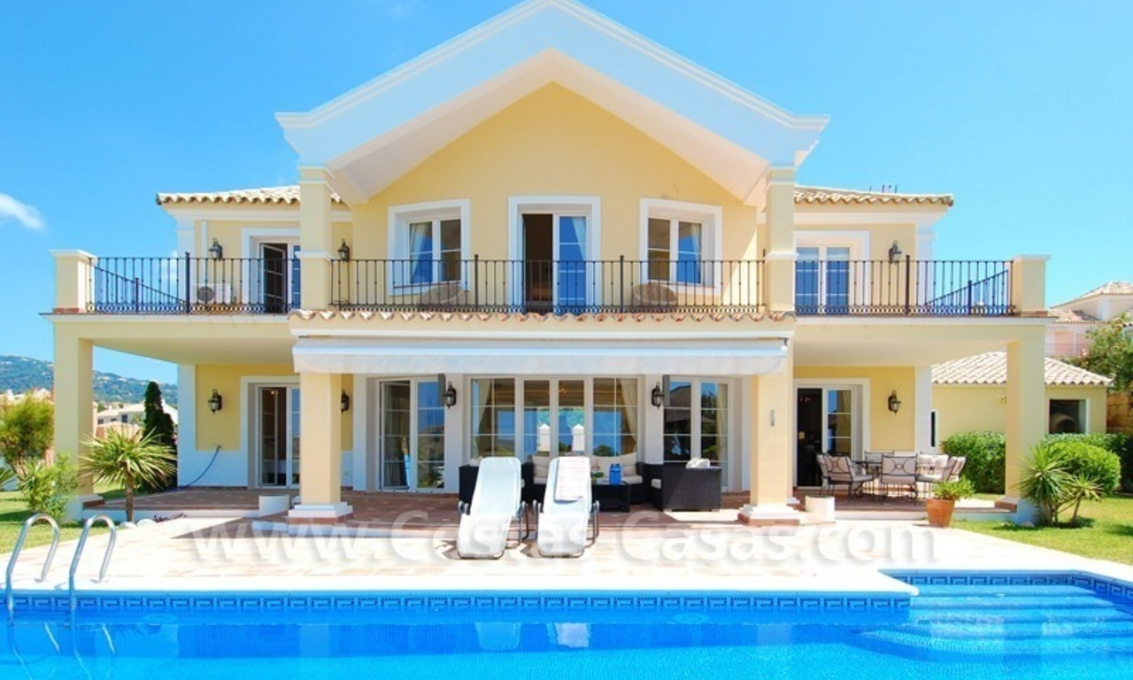 Exclusive Villa to buy in the area of Marbella - Benahavis 0
