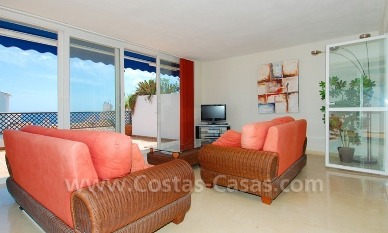 Penthouse apartment for sale in Puerto Banus, Marbella 7