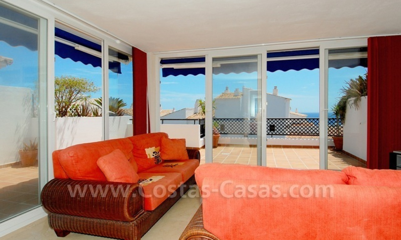 Penthouse apartment for sale in Puerto Banus, Marbella 6