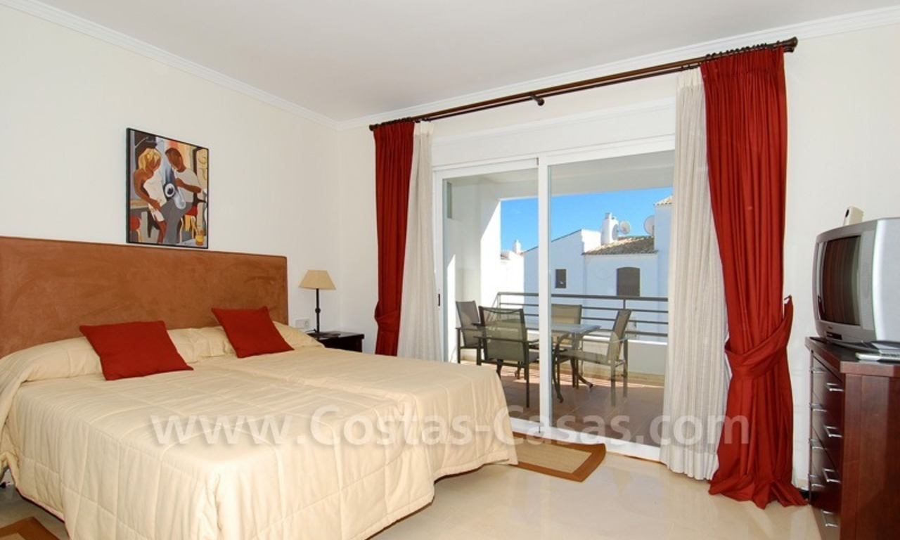 Penthouse apartment for sale in Puerto Banus, Marbella 14