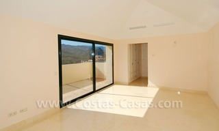 Luxury first line golf apartments to buy in the area of Marbella – Benahavis 8