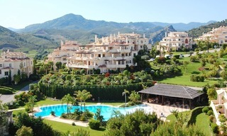 Luxury first line golf apartments to buy in the area of Marbella – Benahavis 11