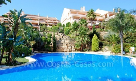 Large luxury apartment for sale in Nueva Andalucia – Marbella 1