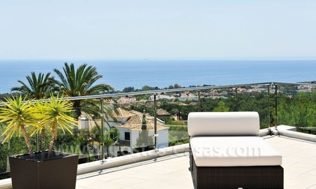 Contemporary style luxury houses for sale on the Golden Mile in Marbella