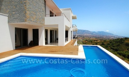 Modern villa for sale in Marbella 3