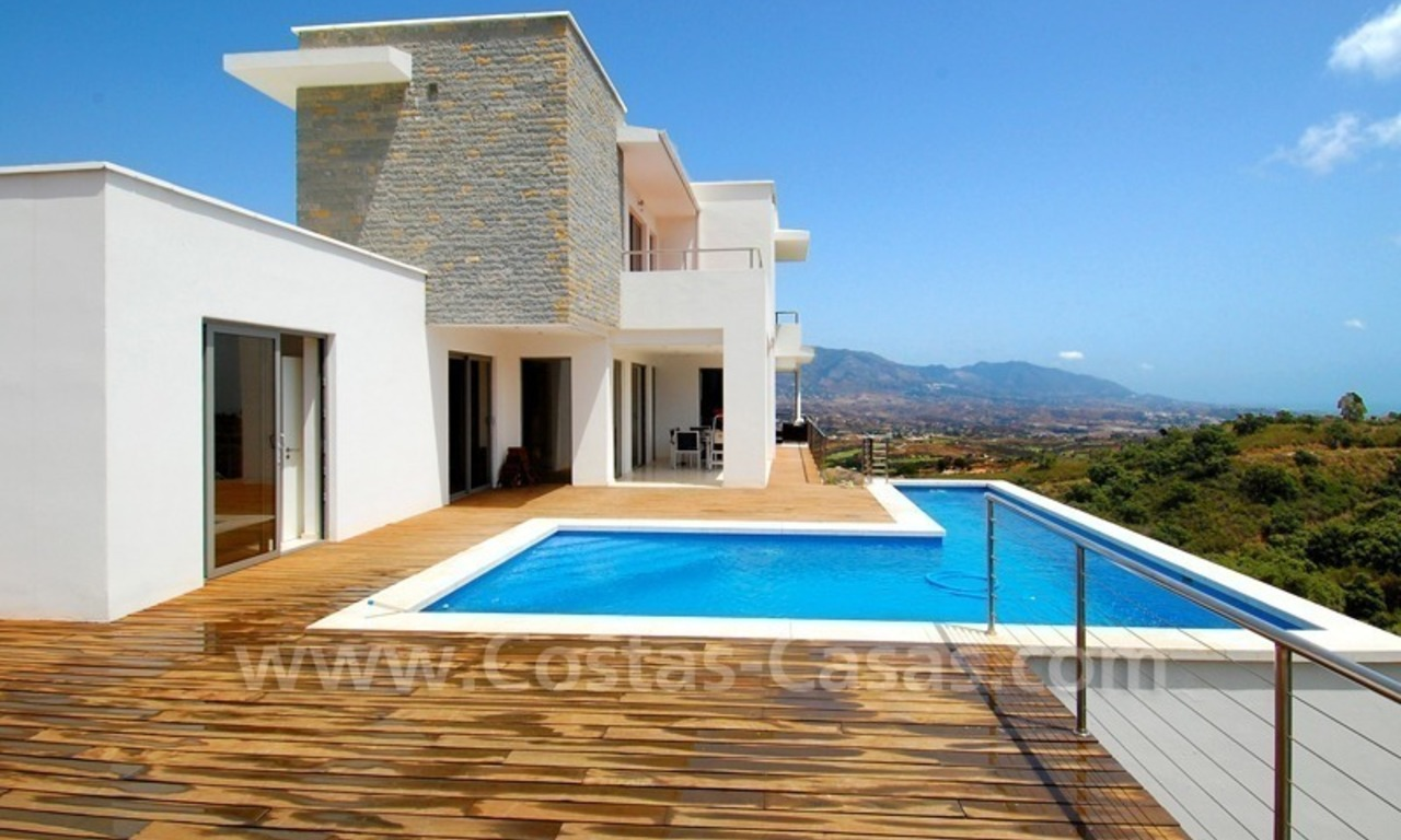 Modern villa for sale in Marbella 0