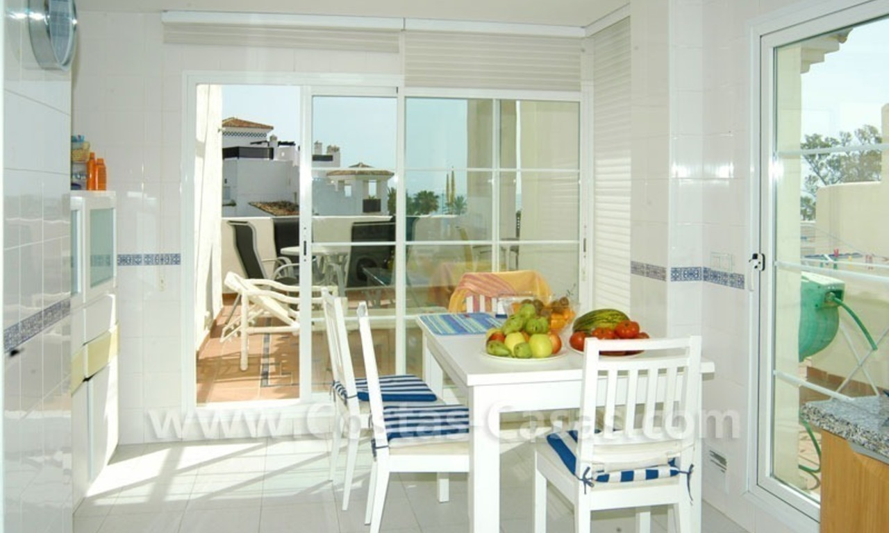 Spacious duplex penthouse apartment to buy on the beachfront complex in Marbella 5