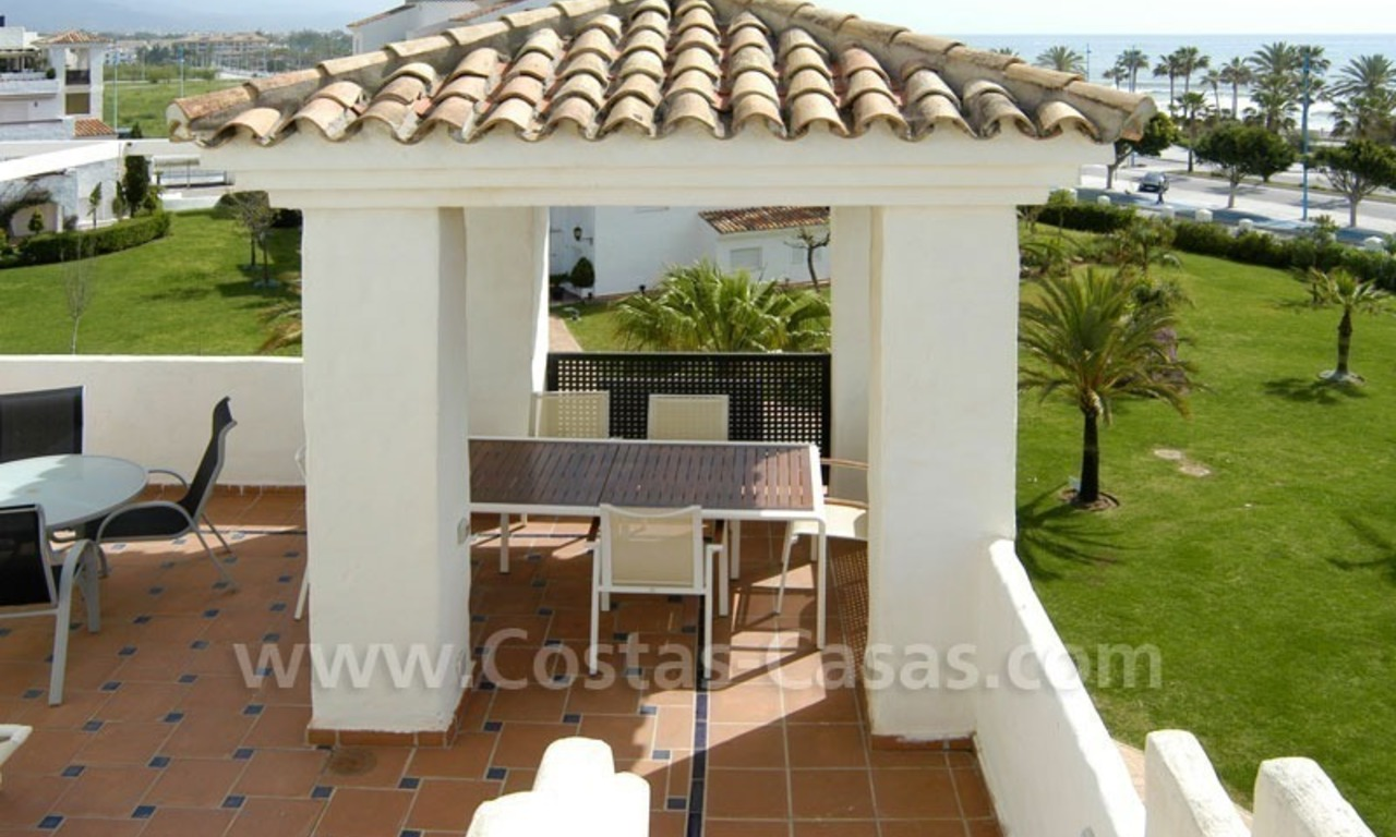 Spacious duplex penthouse apartment to buy on the beachfront complex in Marbella 2