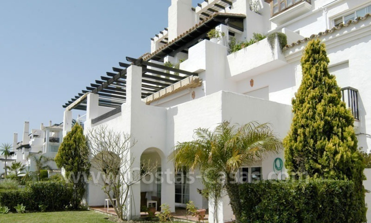 Spacious apartment for sale on the beachfront complex in Marbella. 2