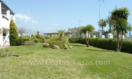 Spacious apartment for sale on the beachfront complex in Marbella. 5