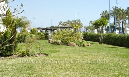 Spacious apartment for sale on the beachfront complex in Marbella. 1