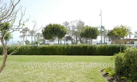 Spacious apartment for sale on the beachfront complex in Marbella.
