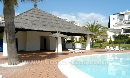Spacious apartment for sale on the beachfront complex in Marbella. 6