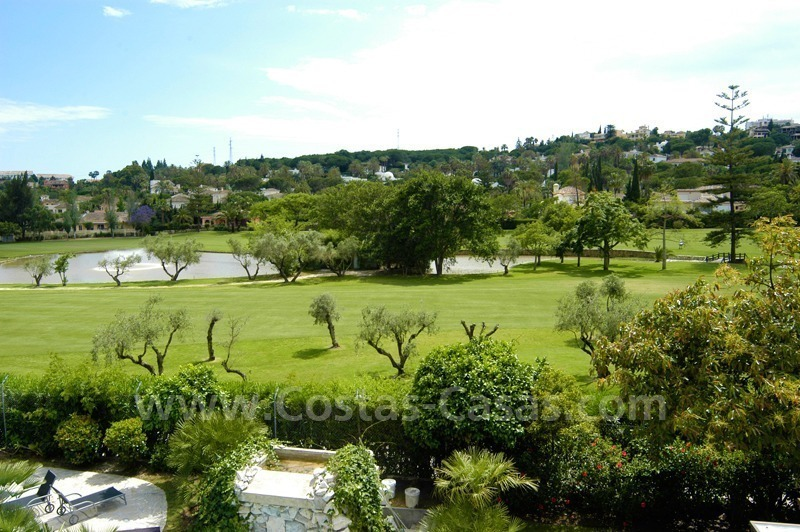 Exclusive front line golf Bali styled villa for sale in Nueva Andalucía, Marbella 4