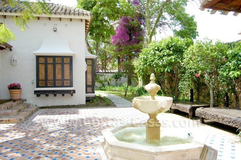 Exclusive front line golf Bali styled villa for sale in Nueva Andalucía, Marbella 11