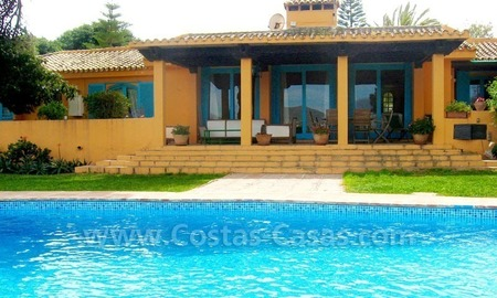 Rustic styled villa with paddock and stables for sale in Marbella at the Costa del Sol 10
