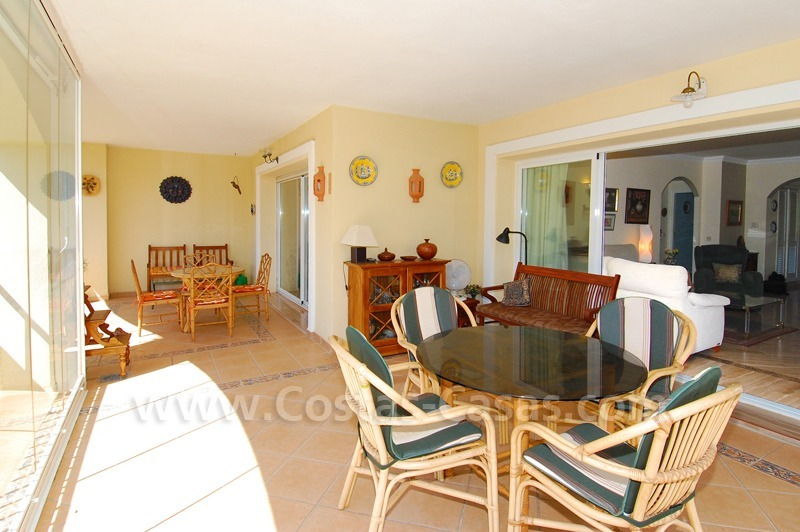 Beachside apartment to buy in Marbella 8