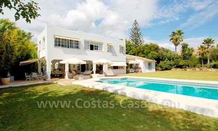 Totally renovated detached villa nearby the beach for sale in Marbella 2