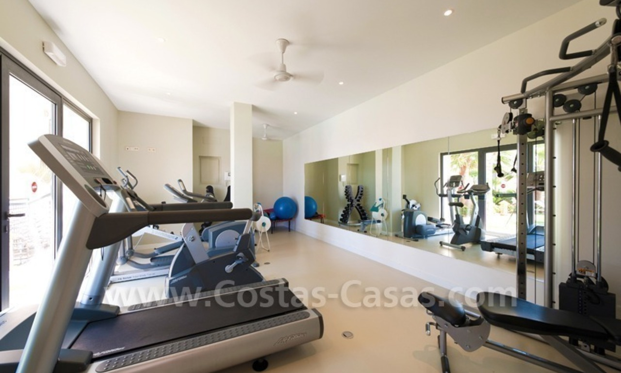 Luxury modern style penthouse apartment for sale in Marbella 9