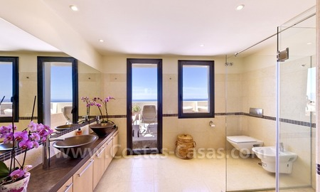 Luxury modern style penthouse apartment for sale in Marbella 20
