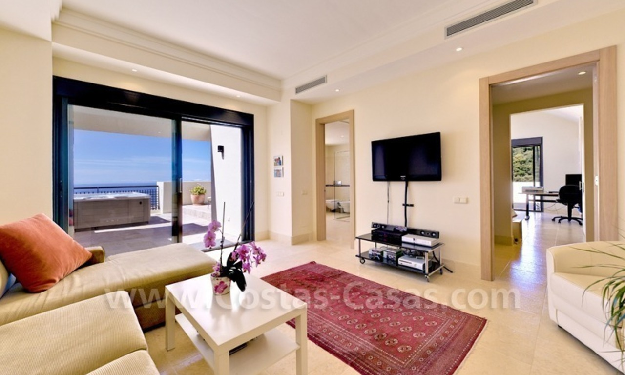 Luxury modern style penthouse apartment for sale in Marbella 12