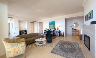 Luxury modern style penthouse apartment for sale in Marbella 11