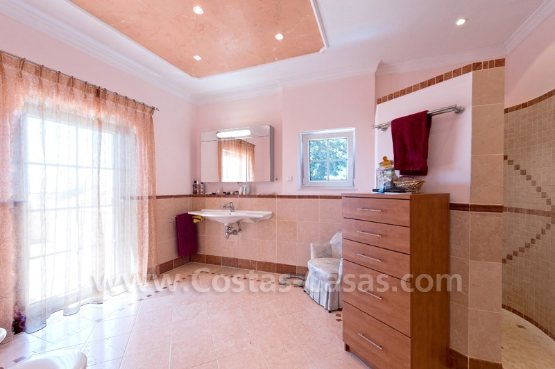 Luxury villa for sale in Marbella east 21
