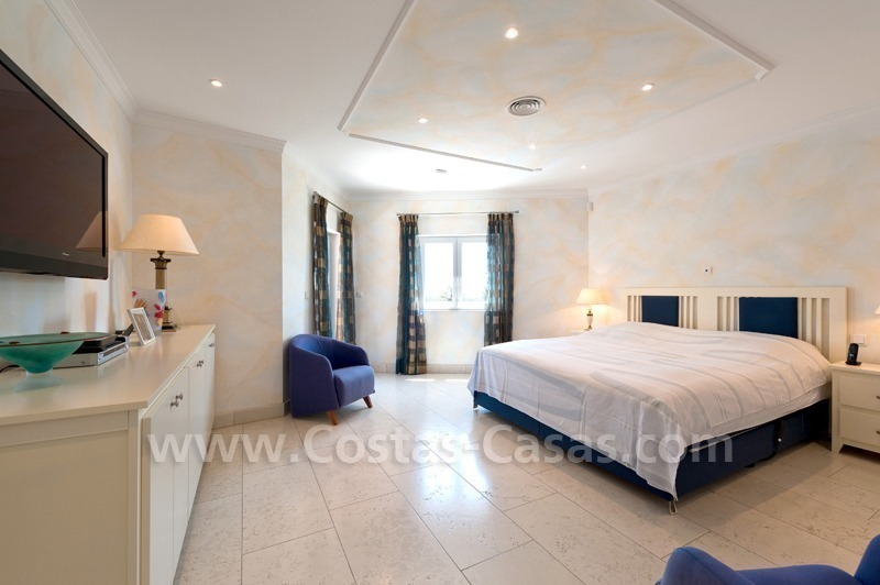 Luxury villa for sale in Marbella east 18
