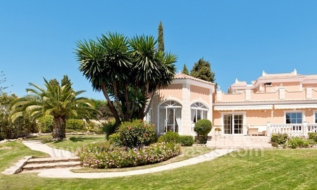 Luxury villa for sale in Marbella east 0
