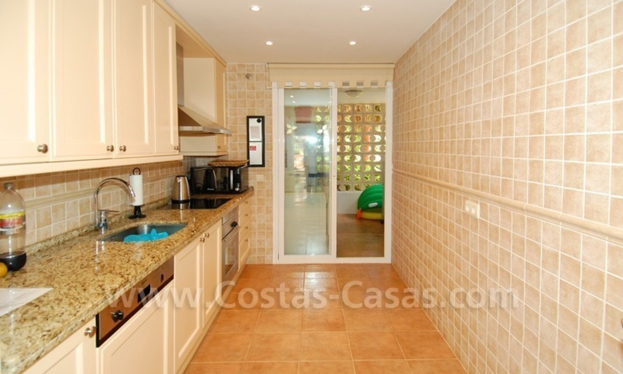 Spacious luxury ground floor apartment for sale in Nueva Andalucía very near to Puerto Banús in Marbella 4