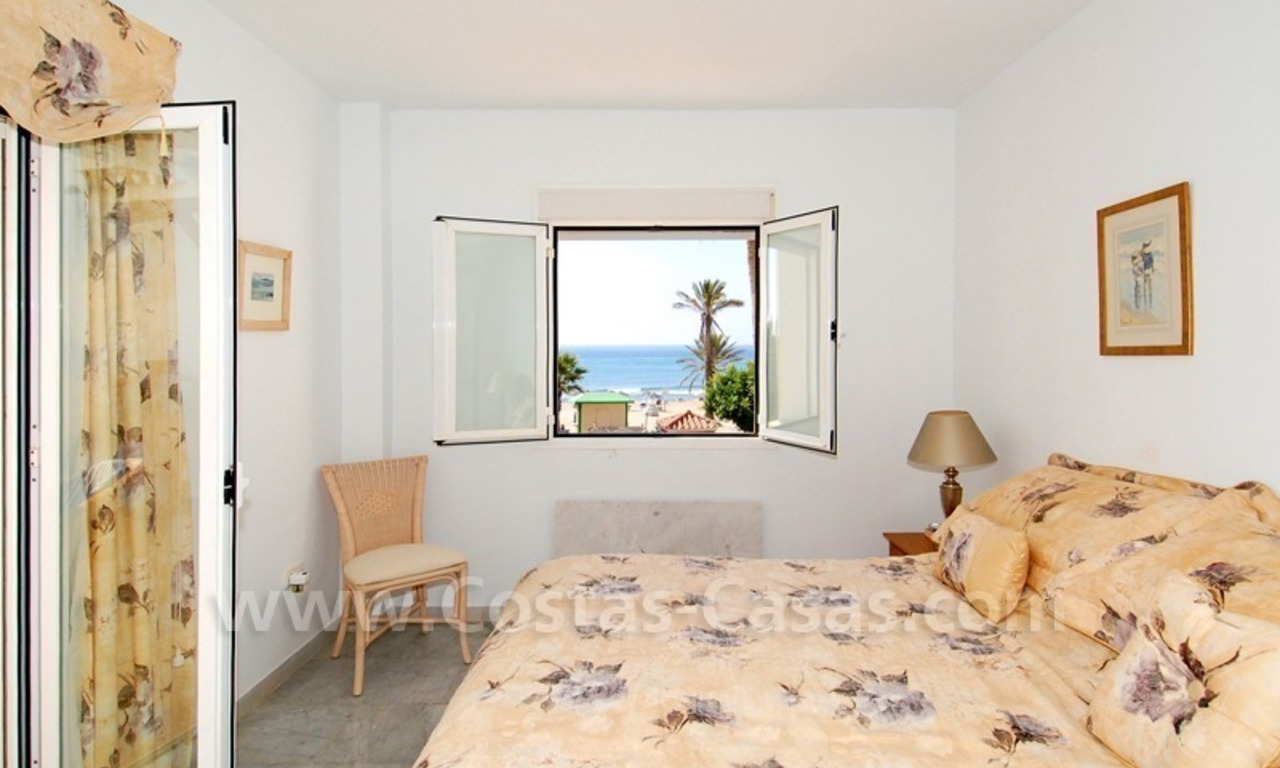 Seafront townhouse for sale in Marbella 9
