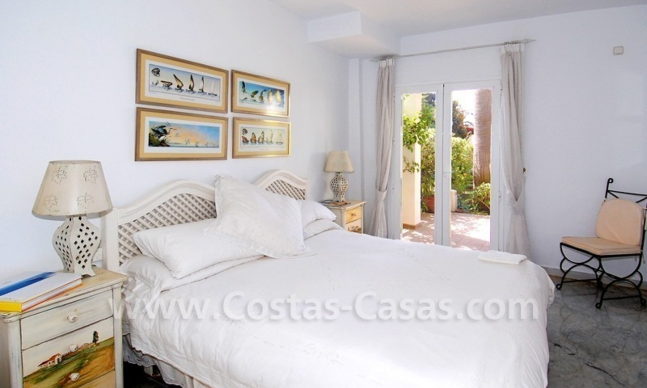 Seafront townhouse for sale in Marbella 11