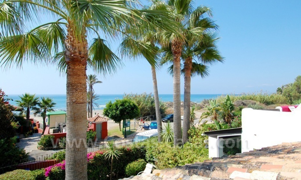 Seafront townhouse for sale in Marbella 2