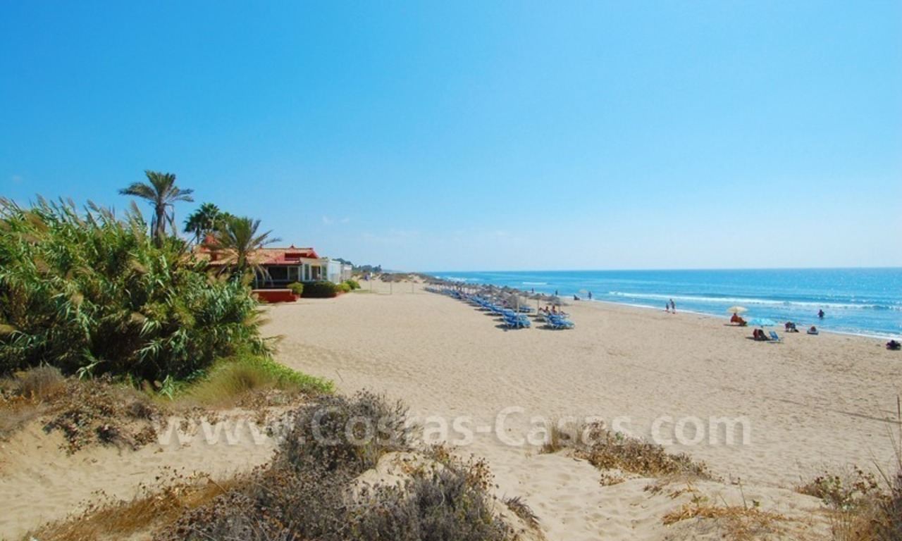 Seafront townhouse for sale in Marbella 14