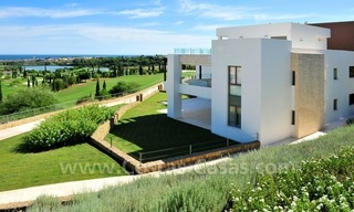 Contemporary frontline golf apartments for sale - Marbella - Benahavis 3