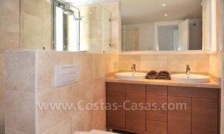 Contemporary frontline golf apartment for sale - Marbella - Benahavis 14