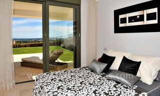 Contemporary frontline golf apartment for sale - Marbella - Benahavis 12