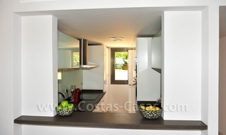 Contemporary frontline golf apartment for sale - Marbella - Benahavis 11