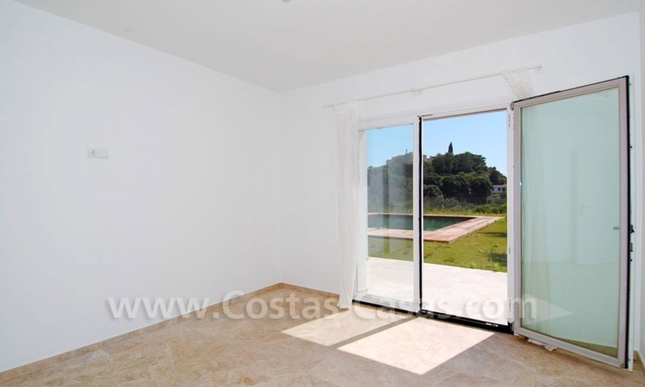 Bargain! Modern villa for sale in Elviria, Marbella east 11