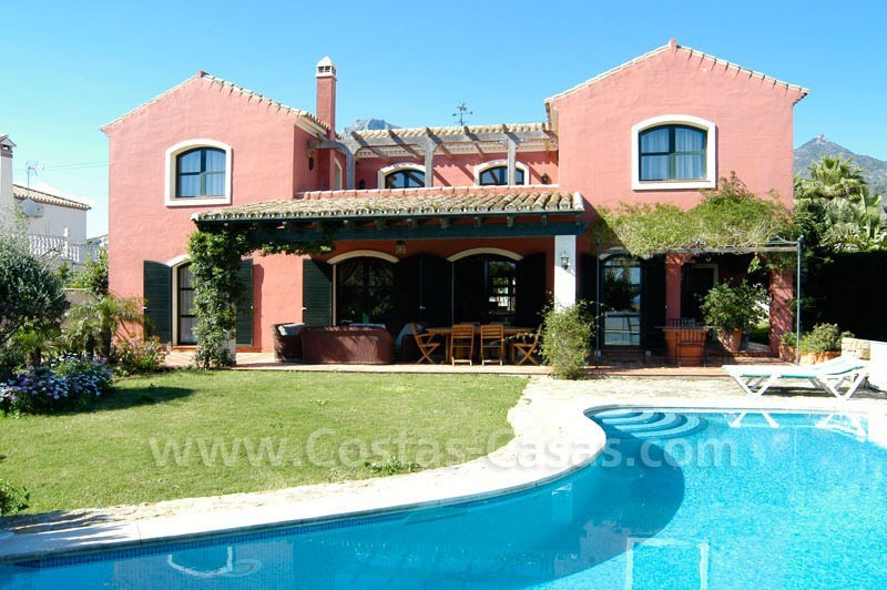 Classical villa to buy in Central Marbella