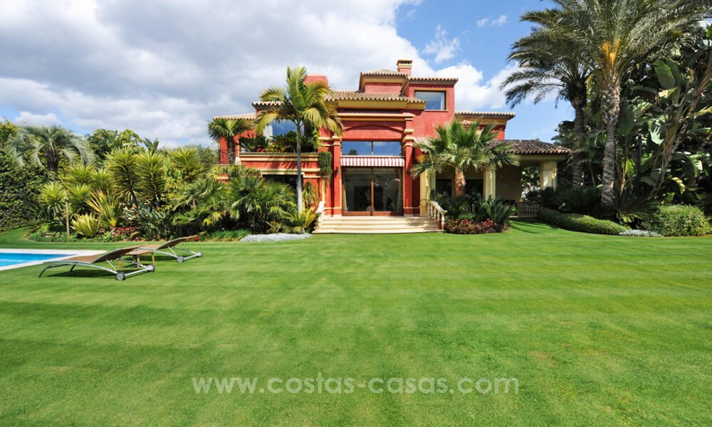 Luxury villa for sale on the Golden Mile, Marbella 30453