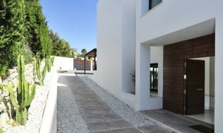Exclusive modern villa for sale in the area of Marbella – Benahavis 16