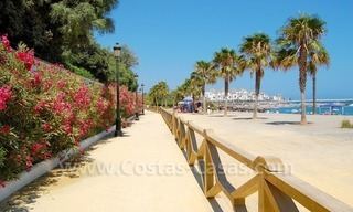 Beachfront hotel apartment for sale in Puerto Banús – Marbella 18