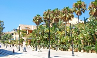 Beachfront hotel apartment for sale in Puerto Banús – Marbella 19